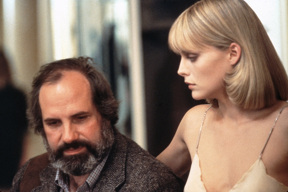 scarface-1983-003-brian-de-palma-michelle-pfeiffer-on-set-00n-hug