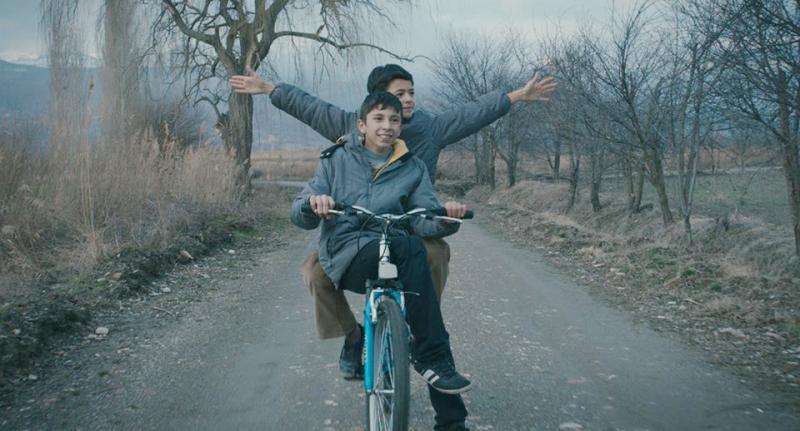 mavi-bisiklet