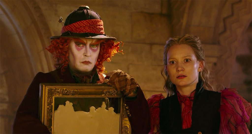 rs_1024x547-151105063856-1024.alice-through-the-looking-glass.11515