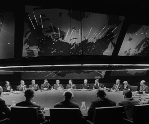 Bir Fragman: Dr. Strangelove or: How I Learned to Stop Worrying and Love the Bomb