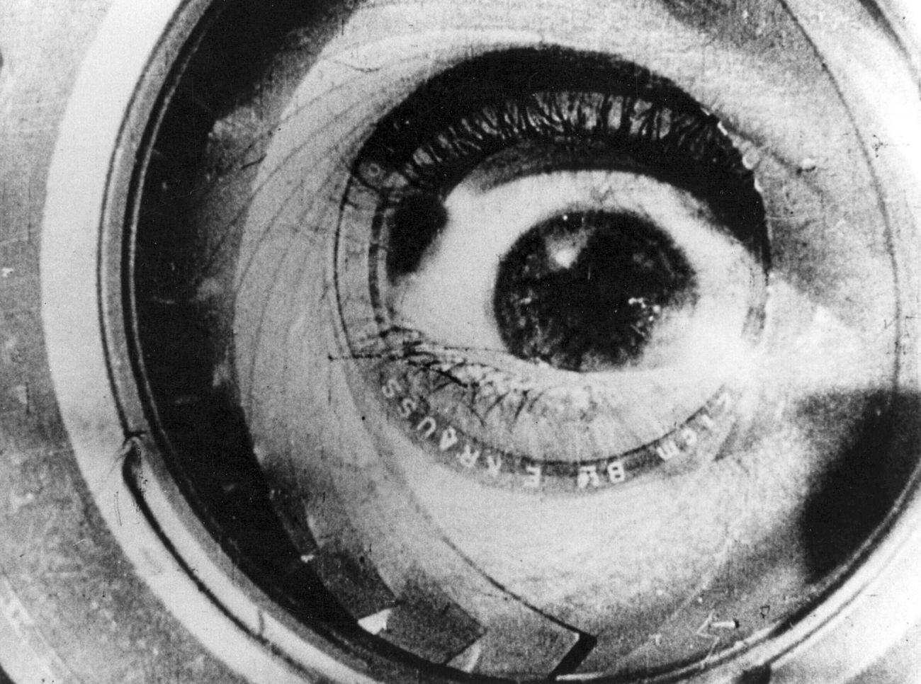 Gerçekliğin Düşleri: A Man With A Movie Camera (1929)