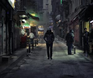 Biraz Islak Biraz Yorgun: Şehir Filmleri
