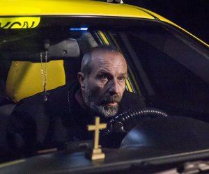 Sofya Taksi (2017): Ülkeyi Terk Eden Tanrı ve Çürümüş Eğitim Kurumları