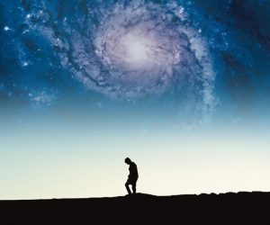 Geçmişi Gözlemleyerek Geleceği Değiştirmek: Nostalgia for the Light (2010)