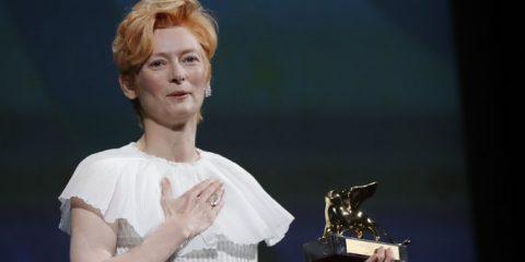 tilda swinton 77. venedik film festivali yaşam boyu başarı ödülü
